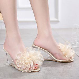 JUNSRM Frauen reizvolle Kristall Transparent-Absatz-Schuhe Große Blumen Peep Toe Partei Schuhe Sommer Bowknot zwängt Sandelholz