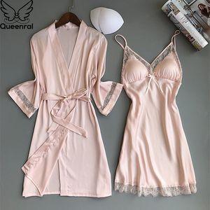 Queenral 2PCS Mulheres pijamas de seda de cetim Robe Nightgown Set Pijamas Início Suit noite de sono Plus Size M-XXL Intimate Lingerie T200612