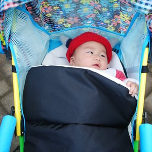 Hot Sale Baby Stroller Sleeping Bag Winter Warm Newborn Thick Foot Muff Cover for Pram Wheelchair Stroller