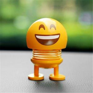 Simpatico Emoji Mini Agitazione Testa Auto Ornamento Bambole Divertente Sorriso Faccia Molle Danza Giocattoli Ornamenti per auto Kawaii Regali di Natale con scatola al dettaglio