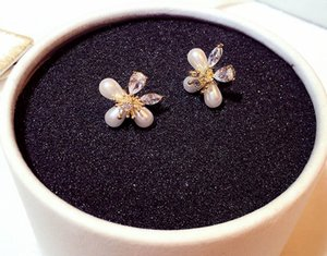 Fashion designer 3 geometric pearl diamond flower stud earrings for women girls with super glittering zircon crystal