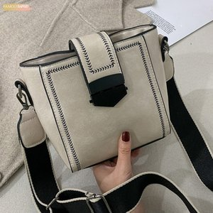 Womens Solid Hasp Color Large Capacity Leather Shoulder Crossbody Messenger Bag Mochila Bolsa Feminina Sac Main Femme 35