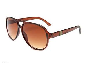 Männer-Sonnenbrillen sind für Männer konzipiert, und Frauen verwenden eine vintage 1065-Sonnenbrille mit Metallrahmen und eine Tomb Raider-Markenbrille