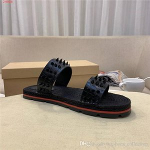 Mens fisherman sandals slides,Rivets Spiked Gladiator Flat men Slippers Black Rivets Sandal Big Size Genuine Leather Slippers