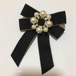 Bow clássico Grandes e pequenos carta pin broche de pérolas de luxo Flor para coleta senhoras design itens luxuosos emblemas enfeites pino de roupa