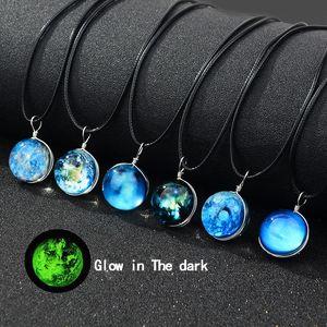 Neue glow in the dark galaxy universum halsketten leuchtende glas cabochon star moon anhänger schwarz wachs seil kette für frauen männer modeschmuck