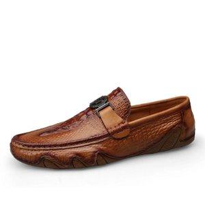 Роскошные крокодиловой кожи Loafer обувь Мужчины натуральной кожи Легкий скольжения на Man Повседневная обувь ручной работы Досуг Мягкие Мужчины