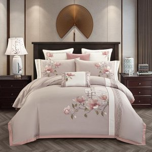 Luxury Egyptian Cotton Classical Bedding set Queen King size Chic Embroidery Bed set Bed sheet set Pillowcase parrure de lit T200706