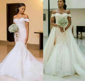 Vintage Mermaid Wedding Dresses With Detachable Train Off Shoulder Lace up Back Appliques Sweep Train Chapel Bridal Gowns