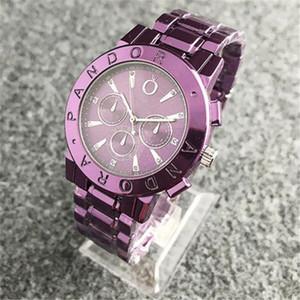 Новые поступления Luxury Женщины Часы Полный алмаз Lady Steel Chain Часы Роскошные кварцевые часы досуга модельера часы