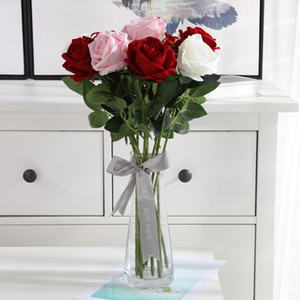 Boda falsa Ramo artificial de Rose de la flor de la simulación Rose ramo de flores artificiales flores de seda partido del hogar decoración de la tabla VT0535