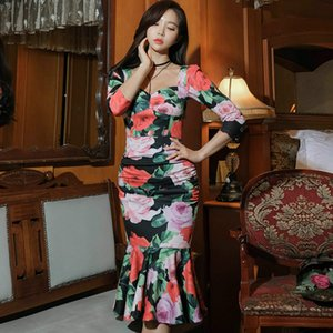 2020 Весна Flare рукавом Половина Цветочные печати Платья Bodycon колен Оболочка Fishtail партии Ткань Женщины