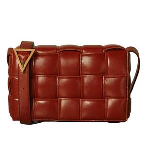 2020 Bonne qualité ins simples petites cassettes paquet carré sacs à main en cuir de vache sac éponge tissé sac oreiller à carreaux diagonale sac à bandoulière