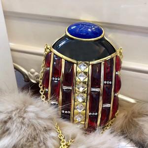 Crossbody Bag Borse Borse di personalità modo di alta qualità della resina del diamante metallo dorato oro Bugs raccoglitore delle donne borsa da sera