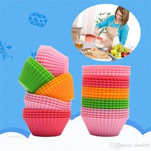 Petit gâteau en silicone coloré camouflage Liners ronde gâteau en forme de petit pain Coupes de cuisson Moules gelée moule IB644