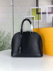 2019 New Designer Damas Bolso Bolso de cuero de alta calidad 5 Color Bolso de hombro ondulado Alma Pm Patent Patent Hand Shell Bag