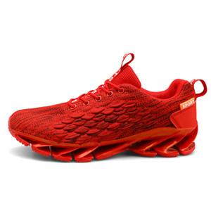 2020 uomini caldi di vendita in esecuzione scarpe bianche mens moda rosso nero triple allenatore traspirante sport corridore sneakers formato 39-44 # 18