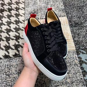 Lüks tasarımcı erkekler kadınlar genç strass gündelik marka alt ayakkabılarını kırmızı en kaliteli süet deri eğitmenler ucuz yürüme parti düğün