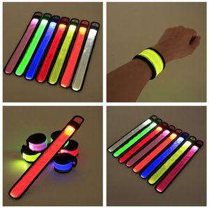 Profashion Led Sport Wristband Slap Dragonne Bandes Flash Light Bracelet Bracelet Pour Glowng Bracelet Concert Party Halloween XMAS En Armband