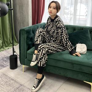 Suéter e terno nova estação europeu ocidental de moda de duas peças de tamanho grande logotipo popular emagrecimento e largas espessamento calças de pernas das mulheres