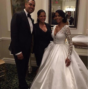 2020 Elegant Deep V-Neck A Line Arabic Satin Wedding Dresses Long Sleeve Lace Wedding Dress Plus Size African Bridal Gowns