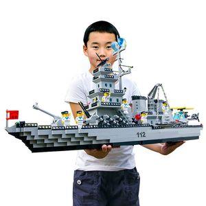 70cm 970pcs Large Ship DIY inglys Model Building Blocks Toys Black Pearl Pirate Ship Assemble Brick Children Toy Christmas