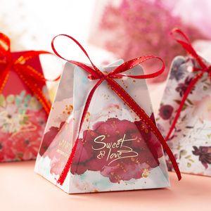 50шт / много Свадеб Favor Box Flower Pattern Лечить Box Подарочная коробка Baby Shower Birthday Party Candy 2020