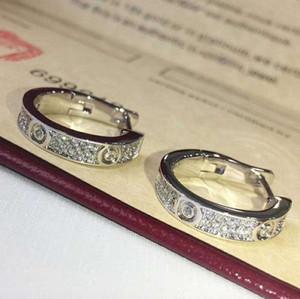 Diamons Küpe lüks tasarımcı Titanyum çelik iplik Küpe 18K altın Kadınlar için c paslanmaz çelik Klasik Aşk mücevher Küpe kaplı