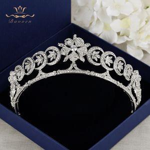 Bavoen Nouvelle Arrivée Européenne Mariées Cubique Zircone Fleur Tiara Headpieces Soirée Cristal Couronne Cheveux Accessoires C18122501