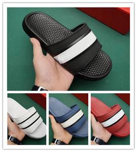 BENASSI alta calidad de los hombres calientes diseñador de las mujeres Aire deslice zapatilla sandalia toque el fondo de la playa de vacaciones Ducha Hotal causales caminar sandalias zapatillas de lujo