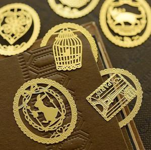 Materiali scava fuori segnalibro del metallo creativo oro pizzo Bookmark Cartoon Preferiti Scuola cancelleria favore del regalo multi stili all'ingrosso