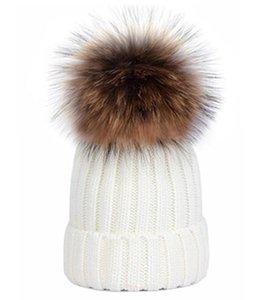 2019 Luxury Inverno CANADA uomini Beanie Fashion Designers Bonnet donne cappelli outdoor casual maglia hip hop Gorros pom pom palla papaline capelli
