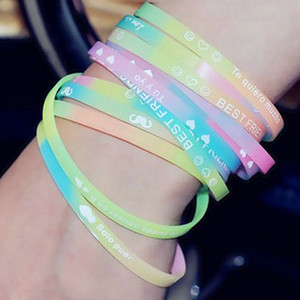 100pcs Moda luminoso gelatina del braccialetto del silicone Sport bracciale delle lettere di inglese Wristband di colore della caramella a mano anello all'ingrosso DBC VT0953