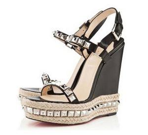Название дизайнеры женская обувь роскошные мужские туфли красное дно Женские сандалии cataclou клинья сандалии с заклепками свадебные туфли лодочки женская обувь