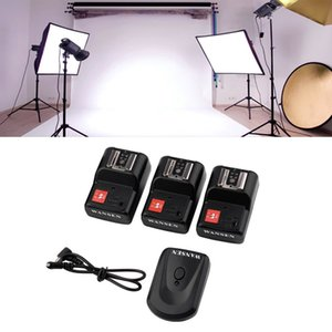 Freeshipping Universal-4 Kanäle Sender drahtloses Radio Flash Trigger-Set mit 3 PT-04GY Empfänger Kamera PC Sync Kabel für Studio-Blitz