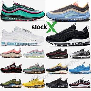 Con Stock x 97 Bred 97s para hombre de las zapatillas de running Balck oro metálico pana Paquete invicto mujeres se divierten las zapatillas de deporte al aire libre OG Formadores