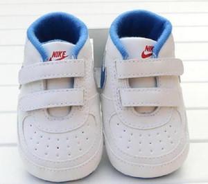 Bebé recém-nascido Menino suave Sole Calçados Criança Anti-skid sapatilha ocasional Prewalker infantil clássico Primeiro Walker