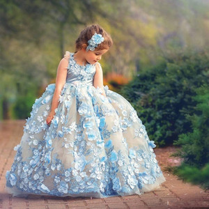 Pretty Ball Gown Princess Flower Girl Dresses For Wedding 3D Floral Appliqued Toddler Pageant Gowns Floor Length Plffy Tulle Kids Prom Dress