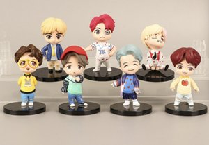 7pcs / lot liberan la Cámara de BTS Pop-up mini figura