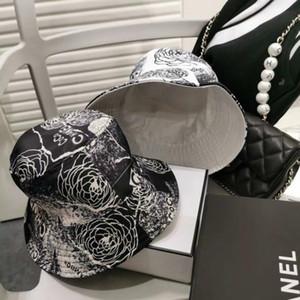 2020 Yeni Moda Klasik Katı Renk Balıkçı Şapka Yüksek Kalite Kadın Gezi Küçük Brimmed Şapka Her iki taraf Kargo Of Serbest giyebilir