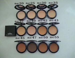 Vendita calda Cipria più il fondamento 15g Pressed Powder Makeup fondazione Tutto NC NW 22 colori DHL libera la nave