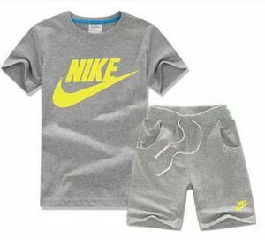 Bébés garçons et les filles Designer T-shirts et shorts Costume Marque Survêtements 2 Vêtements enfants Set Vente chaude Mode d'été + enfants TTKS