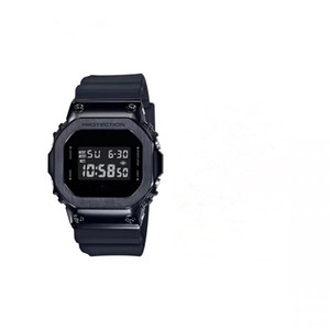 고전의 새로운 스포츠 시계 LED 디지털 방수 시계 남성 새로운 패션 야외 전자 시계 및 Relojes