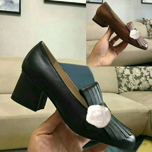 Clássico Mid salto alto sapatos de barco de couro Designer de luxo Ocupação sapatos de salto alto rodada cabeça do metal mulher Botão Vestido sapatos tamanho grande 34-42