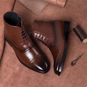 Brogue Erkekler Mikrofiber Deri Çizme Boyut 39-47 Sonbahar Moda Vintage Dantel-up Punk Cowboy Boots Erkek Formal Ayakkabı Botaş Hombre