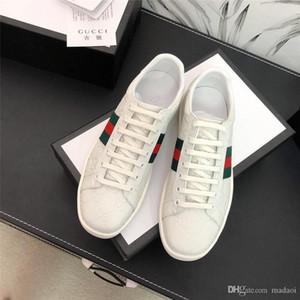 18FW designers de rendas senhoras de luxo abacaxi-se brancas das sapatas de lona mulheres impressos sneakers dedo do pé redondo chinese 2020 formadores apartamentos LISY1