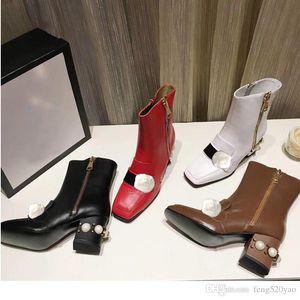 الشعار الأصلي مارتن الأحذية النساء بنسبة 100٪ النساء مصمم جلد البقر فاخرة أحذية جلدية عالية الكعب الأحذية الابازيم المعدنية الأزياء والأحذية قصيرة 35-42