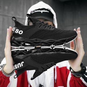 Más calientes del diseñador de los hombres de las zapatillas de deporte de la hoja de otoño 2019 de la tendencia de Jóvenes Casual Running Wild Hombres de amortiguación antideslizantes zapatos del deporte del acoplamiento 7-13