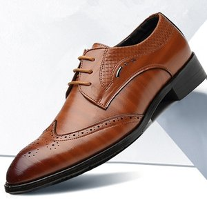 2020 PU Leather Men Formal Shoes Brogue Elegant Classic Business Wedding Social Mens Dress Shoes