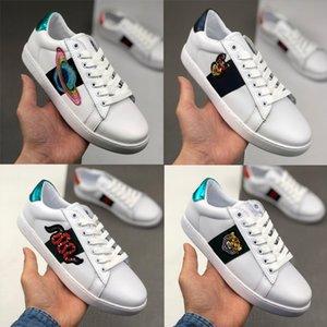 Cuir véritable Designer Luxe Mode Chaussures Hommes Femmes Serpent triple étoile Python Tiger Ace Bee chien fleur brodée amour chaussures de luxe